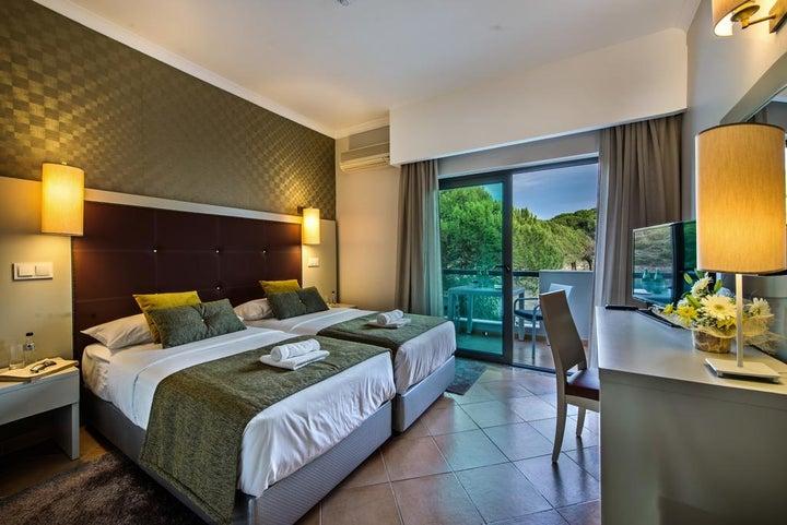 The Magnolia Hotel Image 36