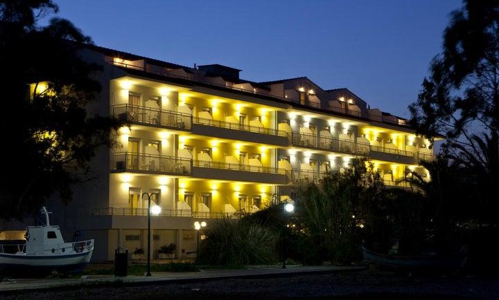 Summery Hotel in Lixouri, Kefalonia, Greek Islands