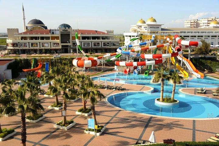 Sherwood Breezes Resort Image 47