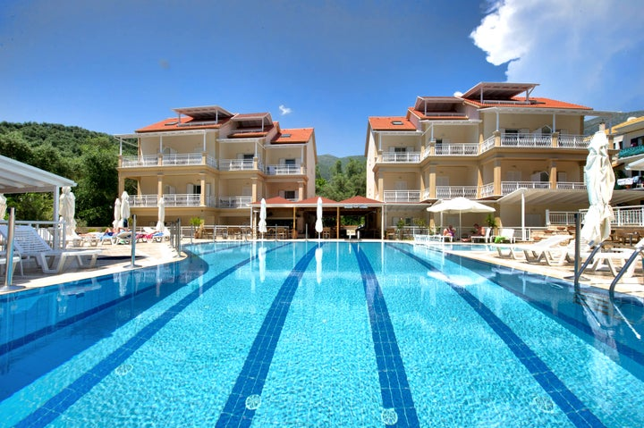 Elena Hotel & Apartments Image 2