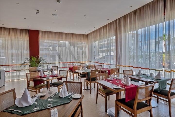 Muthu Oura Praia Hotel Apartments Image 24