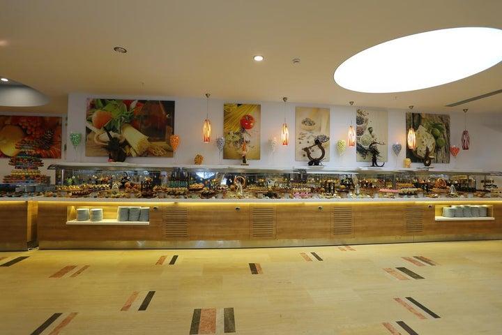La Blanche Resort & Spa Image 38