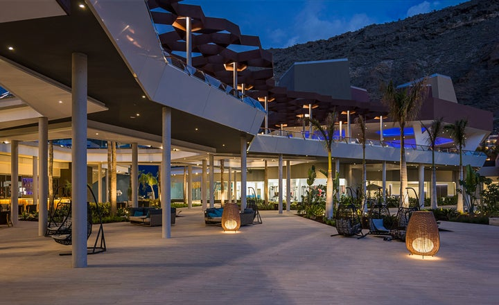 Radisson Blu Resort & Spa Gran Canaria Mogan Image 2