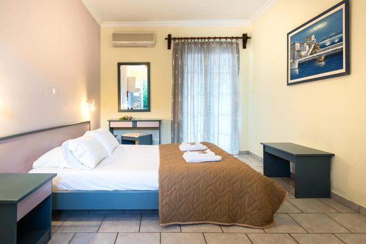 Sofias Hotel Image 6