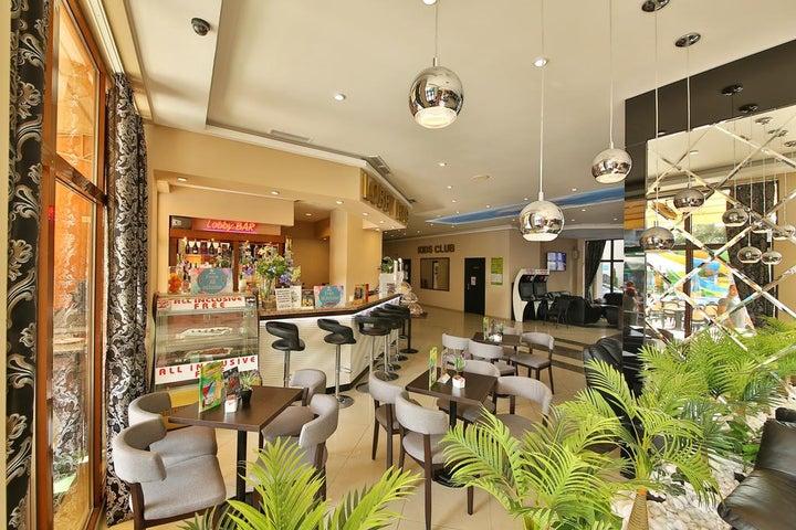 Prestige Hotel and Aquapark Image 40