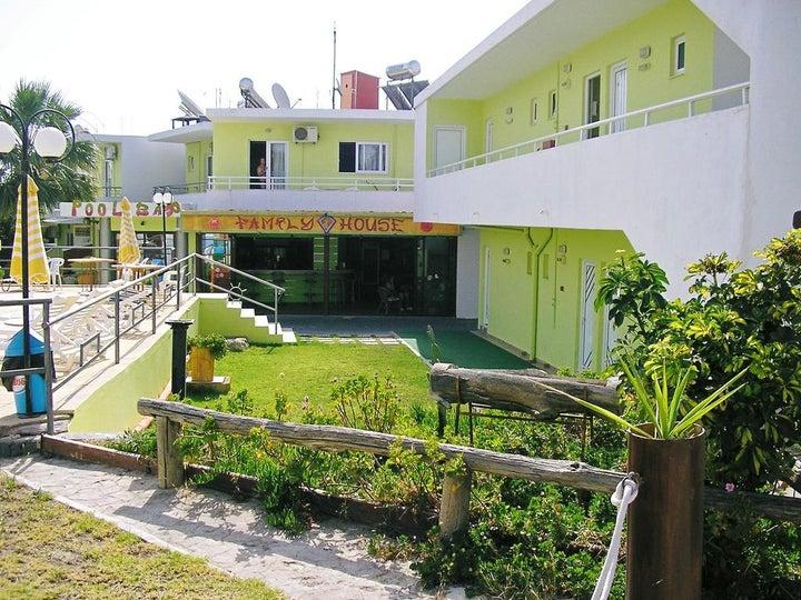 Family House Studios Image 23