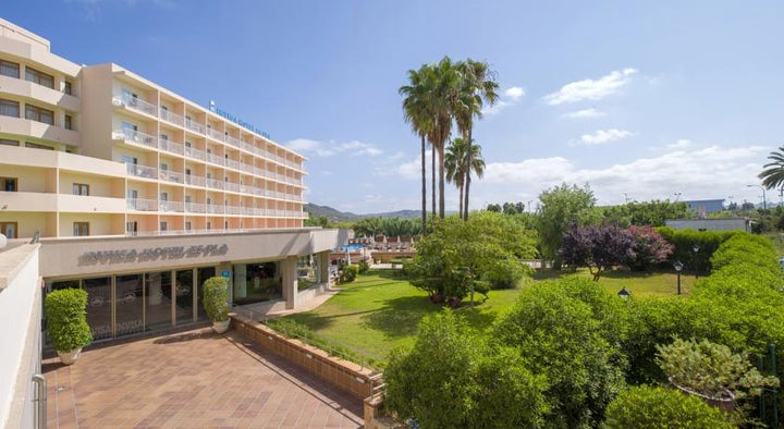 Invisa Es Pla Hotel Image 1