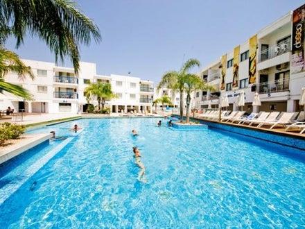 Tsokkos Holiday Apartments Image 7