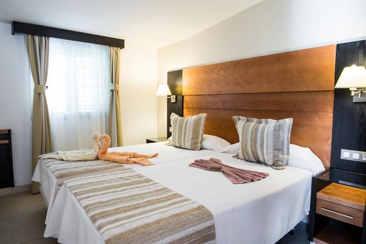 Bungalows Miraflor Suites in Playa del Ingles, Gran Canaria, Canary Islands
