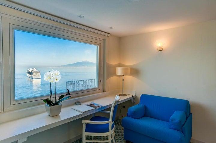 Grand Hotel Riviera Image 11