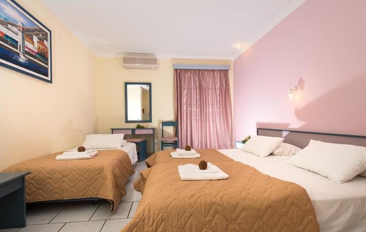Sofias Hotel Image 10