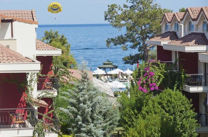 Crystal Aura Beach Resort And Spa Image 17
