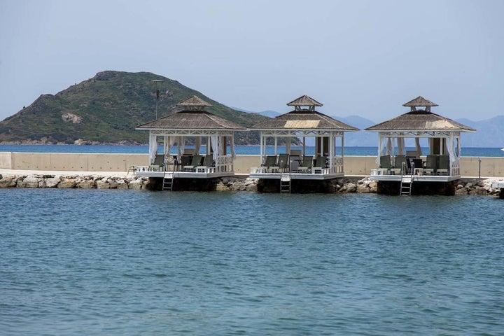 La Blanche Resort & Spa Image 14
