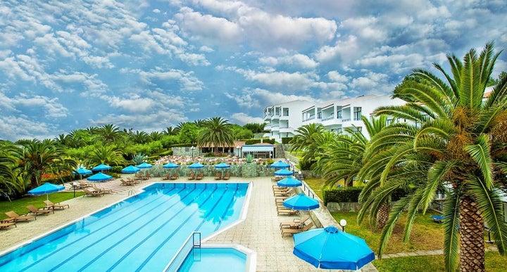 Port Marina Hotel Halkidiki Reviews