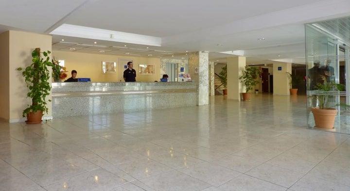 Barracuda Hotel Image 8