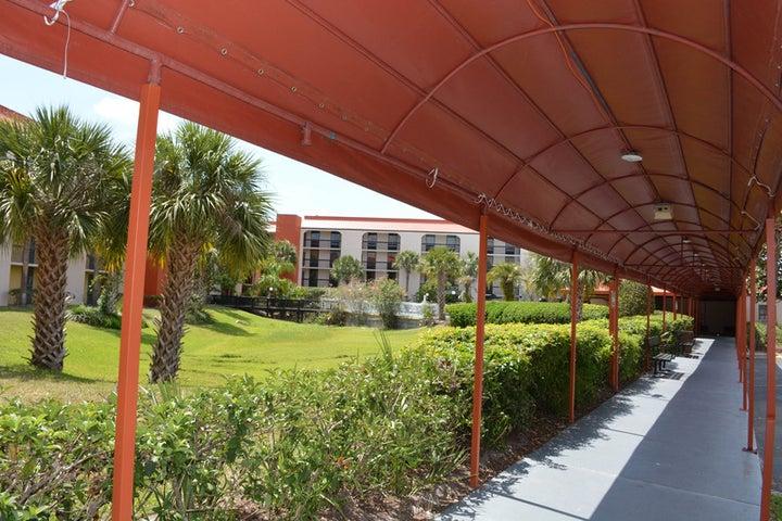 Baymont Inn and Suites Orlando Universal Image 15