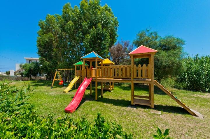 Aelia Resort Image 11