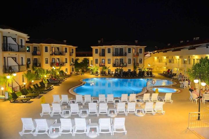Marcan Beach Hotel Image 2