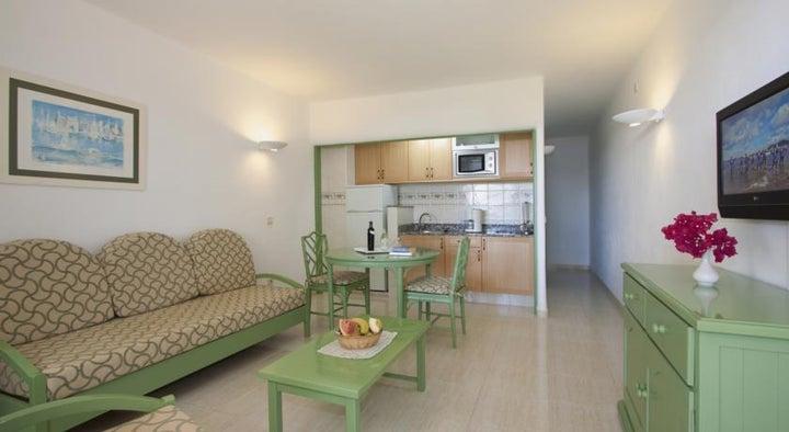 Barcarola Club Apartments Image 5