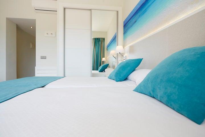 Invisa Es Pla Hotel Image 35