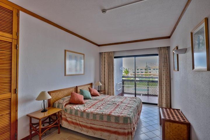 Muthu Oura Praia Hotel Apartments Image 1