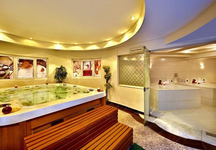 Hilton Long Beach Resort Image 12
