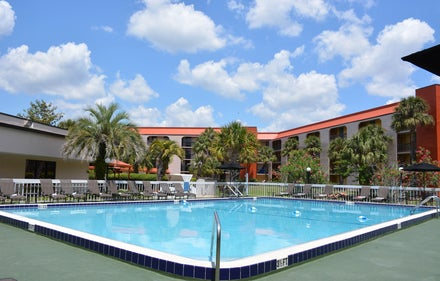 Baymont Inn and Suites Orlando Universal
