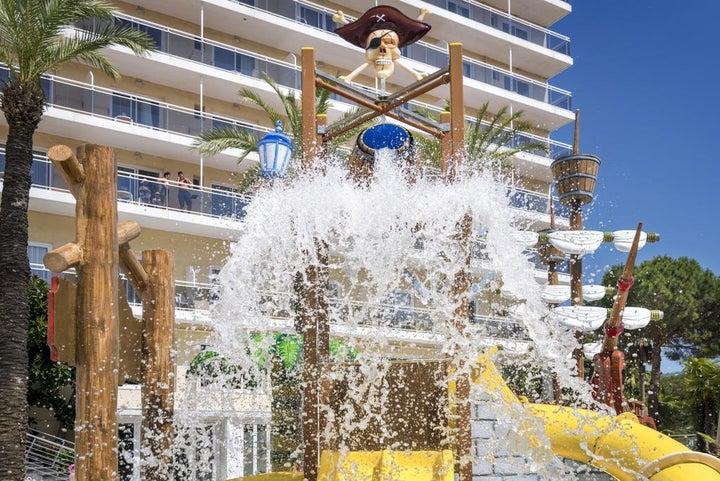 Oasis Park Splash Hotel Image 20