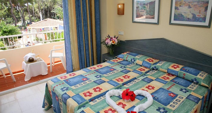 Available Room For Hotel Ereso Es Cana