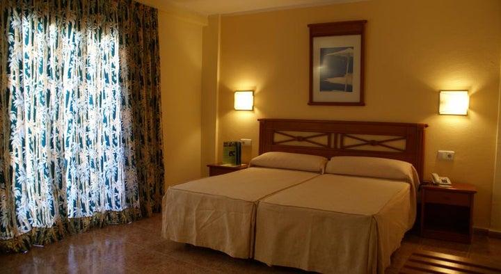 Palm Beach Hotel Image 11