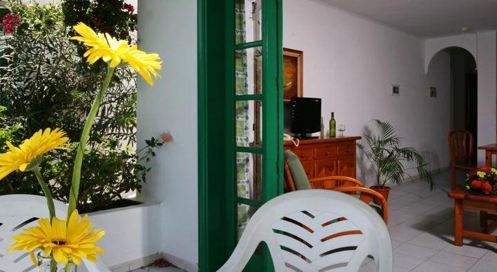 Nazaret Apartments Image 5