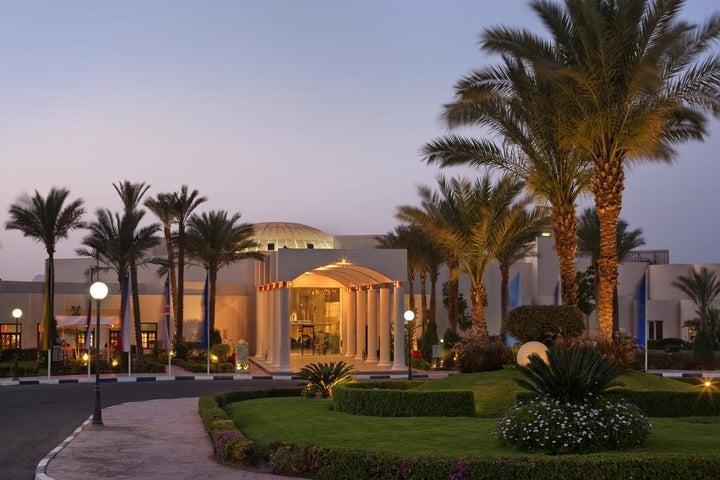 Hilton Long Beach Resort Image 8