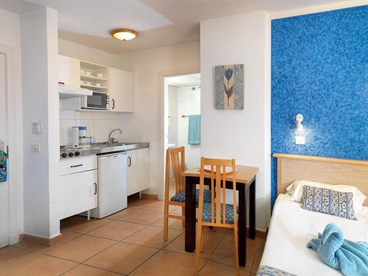 Oroblanco Apartments Image 14