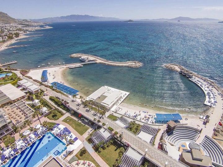 La Blanche Resort & Spa Image 21