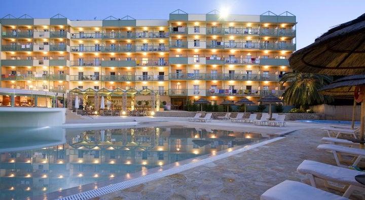 Ariti Grand Hotel Image 18