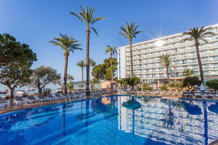 Sirenis Hotel Tres Carabelas & Spa in Playa d'en Bossa, Ibiza, Balearic Islands