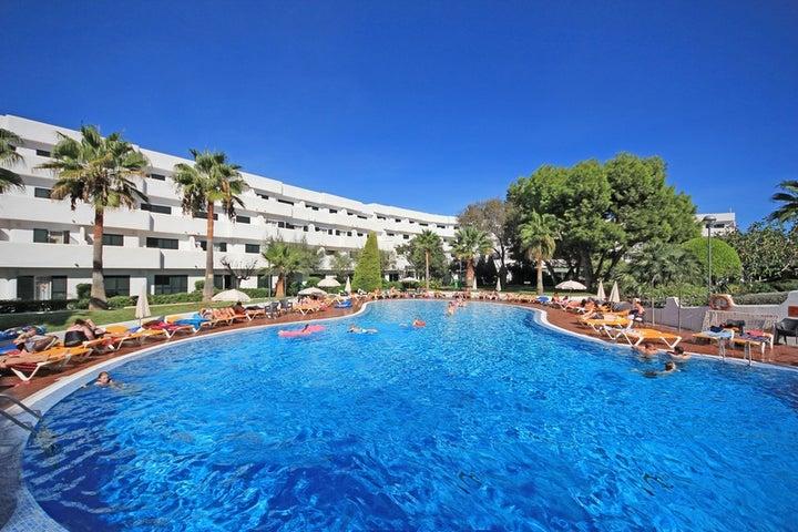 Blue Sea Es Bolero Aparthotel in Cala d'Or, Majorca, Balearic Islands