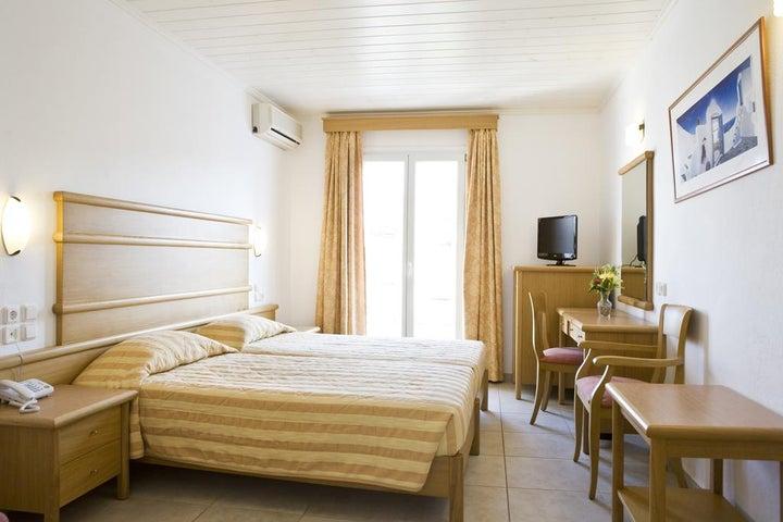 Yiannaki Hotel Image 23