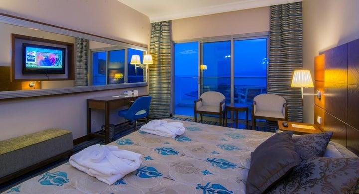 Pine Bay Holiday Resort Image 11