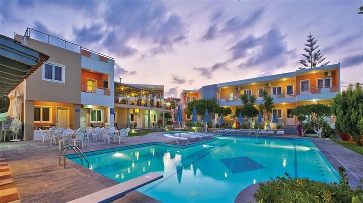 Koukouras -Lia Apts Hotel in Chania, Crete, Greek Islands