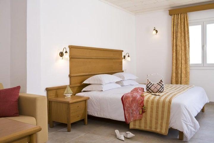 Yiannaki Hotel Image 8