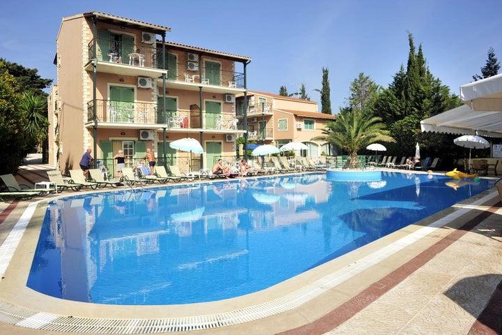 Philippos Apartments in Kassiopi, Corfu, Greek Islands